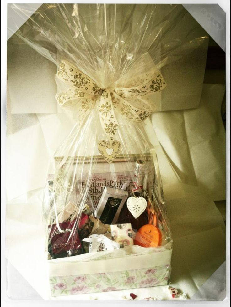 Wedding gift hamper ideas lamoureph
