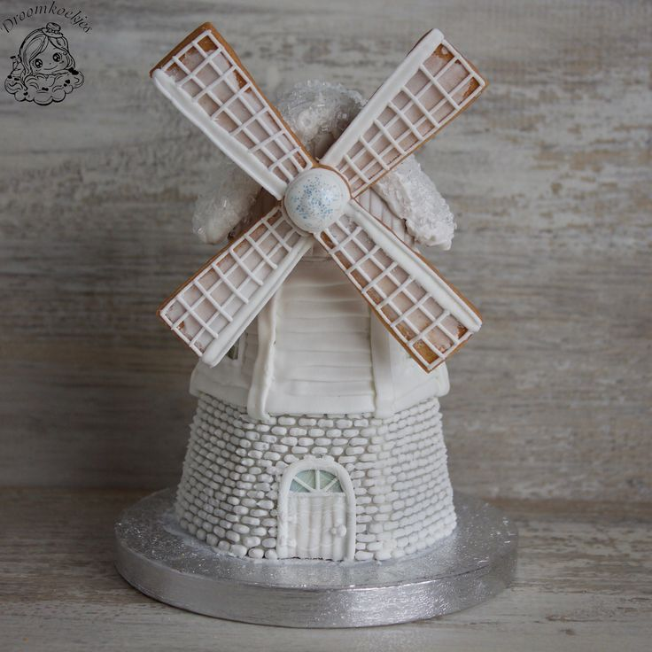 Winter white windmill / 3D cookie project/ 3D koek project windmolen by Droomkoekjes