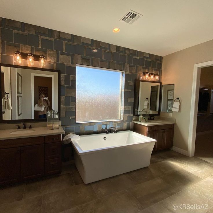 Luxurious Soak Tub In This Gorgeous Master Bath Double Sinks With