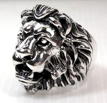 Лев кольцо