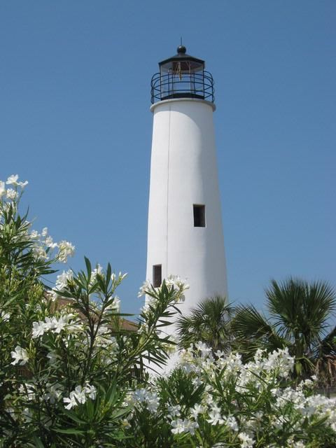St George Island Lighthouse: St. Lighthouses George Islands, Lights House, St. George Islands Florida, Favorite Places, Islands Lighthouses,  Beacon Lights, Fl Lighthouses, Beaches Lighthouses, Saint George