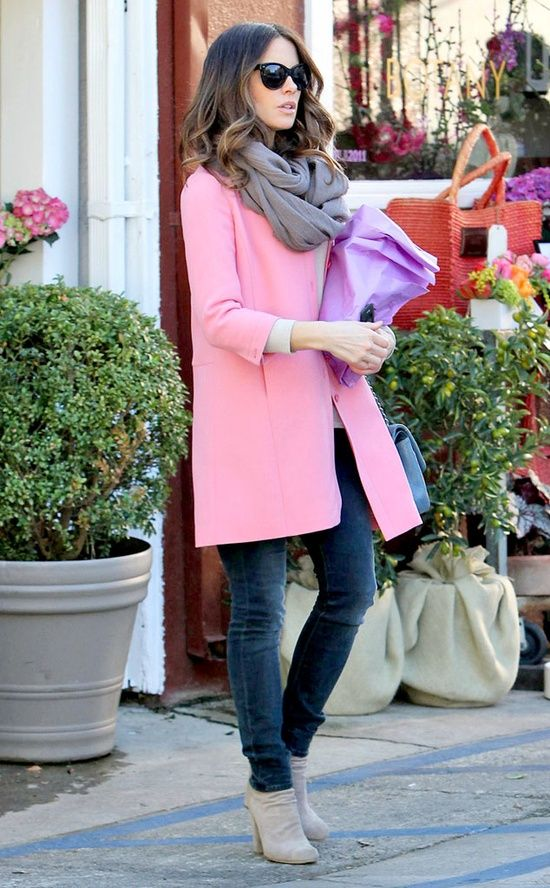 love her pink coat!: Pink Coats, Kate Beckinsale, Spring Colors, Street Style, Outfit, Scarves, Scarfs, Pink Jackets, Winter Coats