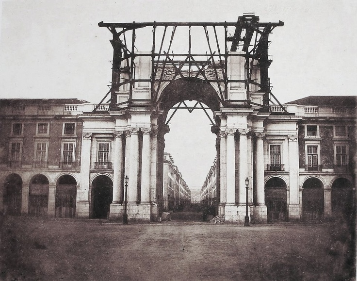 In the context of the reconstruction of Lisbon's down town, after the great earthquake of 1755, appeared the idea of building a triumphal arch as a gateway to the city rebuilt . The construction of the Arch of Augusta Street started in the 18th century and suffered several stops. It was completed about 100 years after it's start, in 1875 . Albumin print made by Vacláv Cifka (1811-1883), dated 1862, showing the arch under construction.