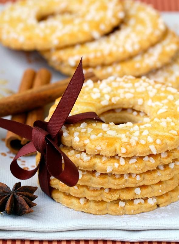 Kerstkransjes - Dutch Christmas cookies
