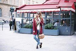 A TRENDY LIFE - Zara Jersey, Zara Jeans, Coccinelle Via Zalando Bolso, Highly Preppy Pañuelo, Uterqüe Gafas De Sol, Sarenza Zapatos - Burgundy coat & new Bag