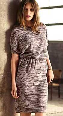 Платье прямое с рукавом реглан