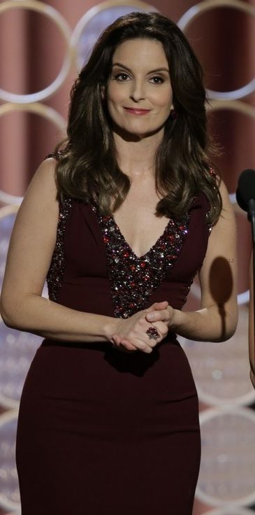 Tina Fey / Golden Globes 2014 Opening Monologue. Gorgeous dress and hair color!