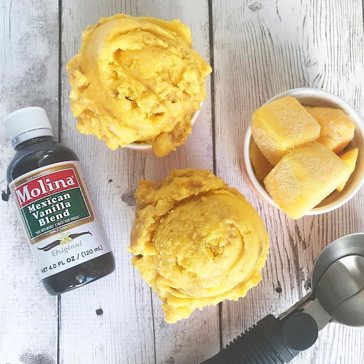 #Ad The must delicious desserts are prepared with @molinavanilla! Add flavor to this Mango Sorbet with a splash of Vainilla Molina and refresh your summer. This is the easier dessert I have ever made all you need is frozen Mango Chunks and Vainilla Molina mix them together in the blender and dessert is ready! Makes 4 portions Servings: 4 scoops INGREDIENTS: 4 cups of Frozen Mango Chunks 1 Splash of Vainilla Molina  DIRECTIONS: Blend the Frozen Mango Chunks and the splash of Vainilla Molina…