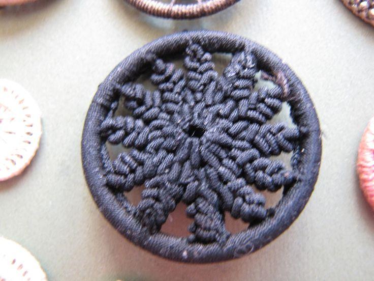 Dorset Buttons | BeadandButton.com
