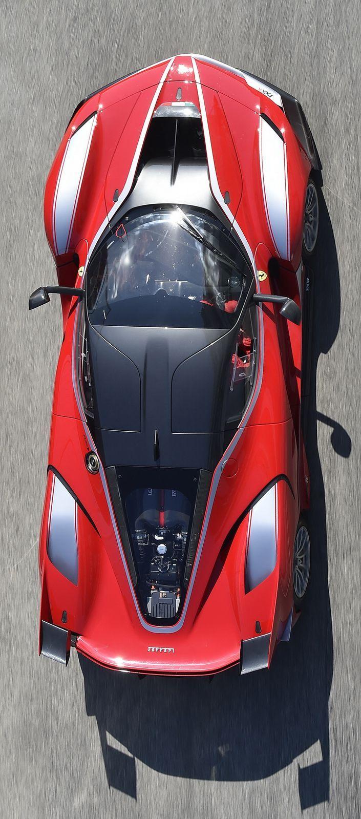 Ferrari Laferrari FXX K - https://www.luxury.guugles.com/ferrari-laferrari-fxx-k-7/