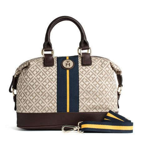 Tommy Hilfiger bag. Want this!!