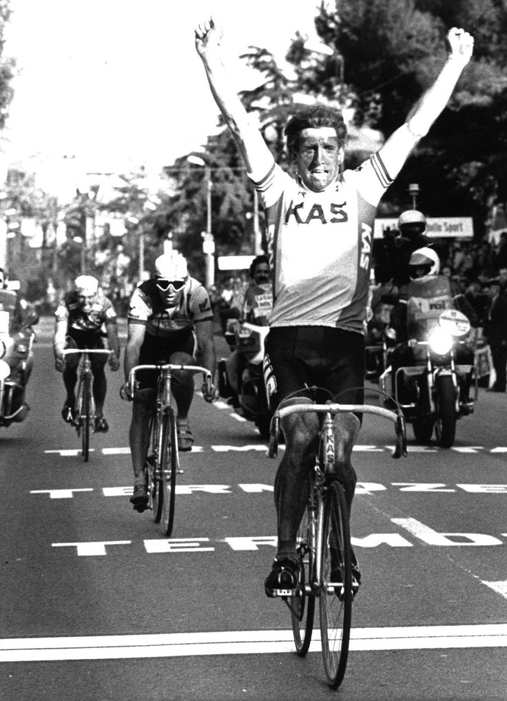 Sean Kelly winning the 1986 edition of the MilanSan Remo