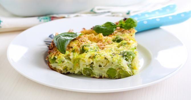Recette de Quiche de maman au chou-fleur et aux petits pois sans pâte. Facile et rapide à réaliser, goûteuse et diététique.