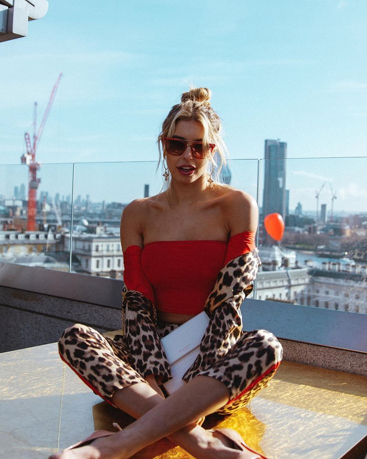 What 5 IT Girls Wore to our LFW Brunch | What 5 IT Girls Wore to our LFW Brunch | Fashion Week #FashionBloggers #ukbloggers #Streetstyle