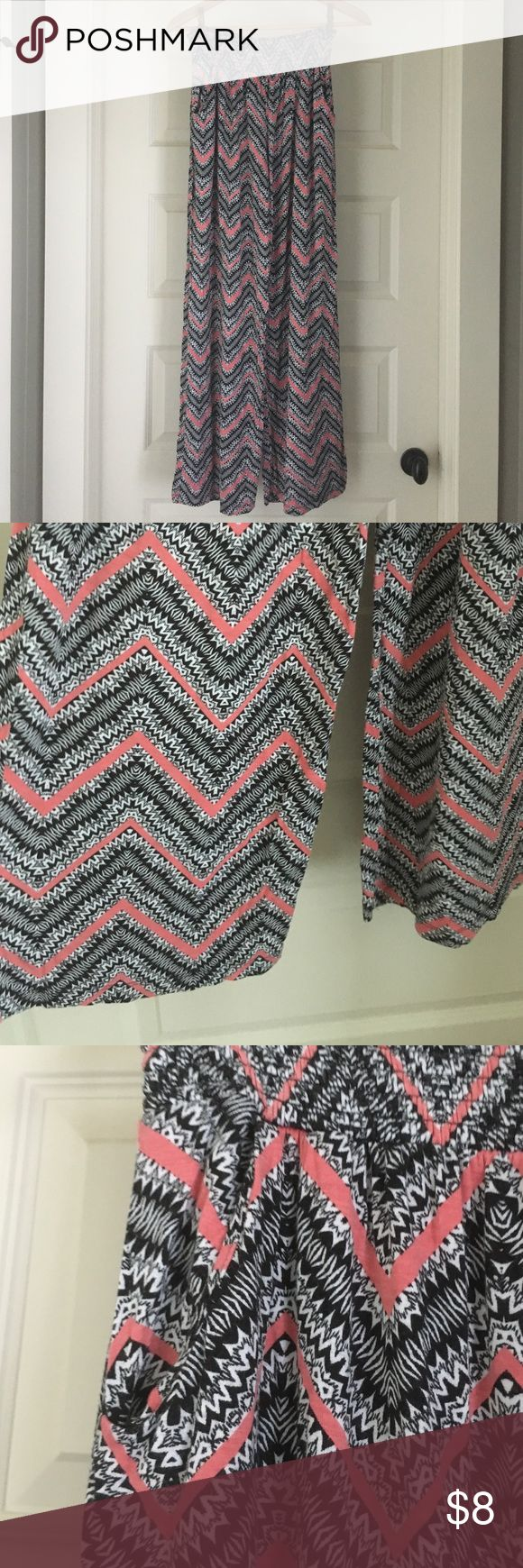 Plazzo Pants Knit Plazzo Pant. Black and White chevron print with a touch of coral. Supper comfy. Mossimo Supply Co Pants