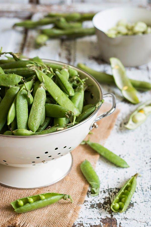 Grüne Erbsen, dicke Bohnen // Green peas, fava beans