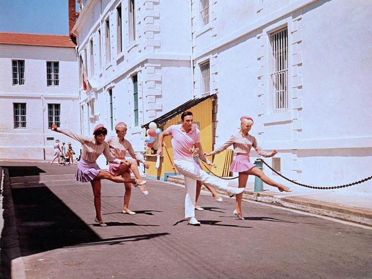 Les demoiselles de Rochefort (1967) - Dir : Jacques Demy / DOP : Ghislain Cloquet / Art director : Bernard Evein
