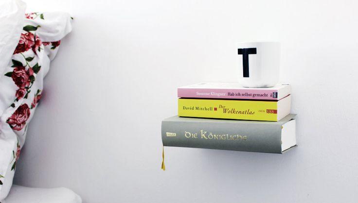 Bücherregal selber bauen – So fertigt ihr ein unsichtbares Bücherregal an