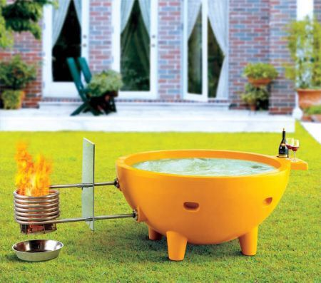 - This wood burning hot tub doesn't need to be plugged in or connected to any drain. The tub is lightweight and portable and can be used anywhere anytime. It goes where you go; making spontaneous adve