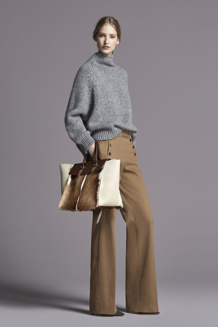 This whole look is perfection! And the purse just made my Xmas list. Wow! CH Carolina Herrera Fall 2015
