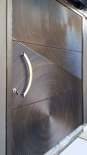 3D Ripples Door | Bronze Florentine