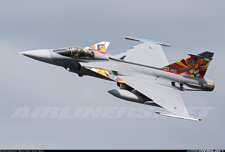 Nice banking by this Czech Republic Air Force JAS-39C Gripen (9238; cn39238), after take-off from RWY23 for another mission, during the Nato Tiger Meet 2014 at Schleswig-Jagel.