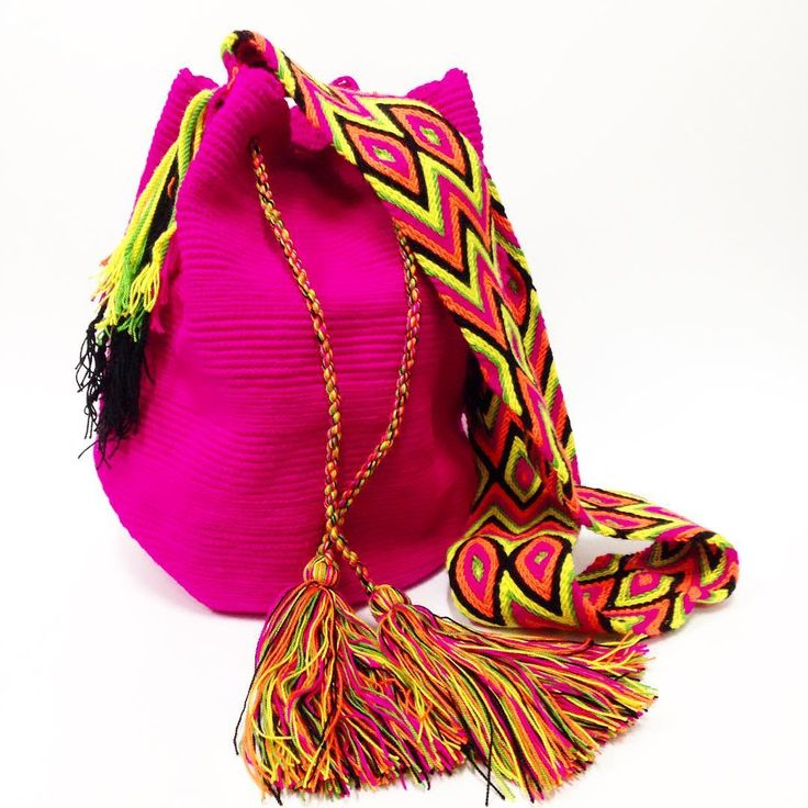 #NOVIDADES entre dm contato e compre a sua #bolsawayuu  #arteindigena  #querowayuu #Wayuubags #wayuubrasil #wayuulovers #ethnic #etnico #euquero #gypsy #gostei #bohostyle #boho #bolsaswayuu #fashion #tanamoda #riodejaneiro #artesanal #arteindigena #colombiana #colorful #consumoconsciente #wayuubag #bolsaswayuu
