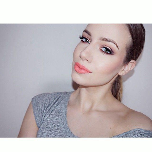 is it spring yet?  @anastasiabeverlyhills Amrezy palette - caramel deep plum morocco glisten  vanilla  @ardell_lashes 120 Demi  @esteelauder double wear foundation @anastasiabeverlyhills brow wiz soft brown  @bhcosmetics 10 blush palette  @makeupforeverofficial mat bronze 20  @sephora lip cream Peach Tart  Coral Crush #sephora #lips #liquidlipstick #coral #spring #makeup #motd #mua #mac #anastasiabrows #anastasiabeverlyhills #bhcosmetics #ardell #ardelllashes #browwiz #amrezy #amrezypalette…