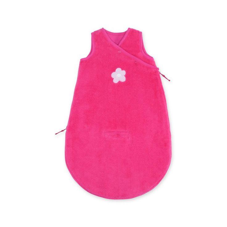 Fuchsia roze baby slaapzak Lizie pompon Magic Bag 0-3 maanden zonder mouwen van het merk Bemini, vroeger babyboum. de slaapzak is vervaardigd uit een zacht bamboe materiaal dat antibacteriëel, hypoallergeen en ademend is.