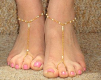 Bridal pearl barefoot sandals, Barefoot sandals, Gold pearl barefoot sandals, Foot jewelry, Bead bare foot sandals, Bridesmaids jewelry