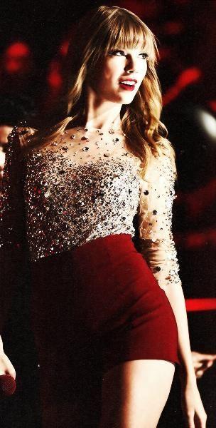 Taylor Swift  http://CMD17.COM  http://LONG17.COM  http://XMAS417.COM  http://BACARA417.COM  http://LUCKY417.COM
