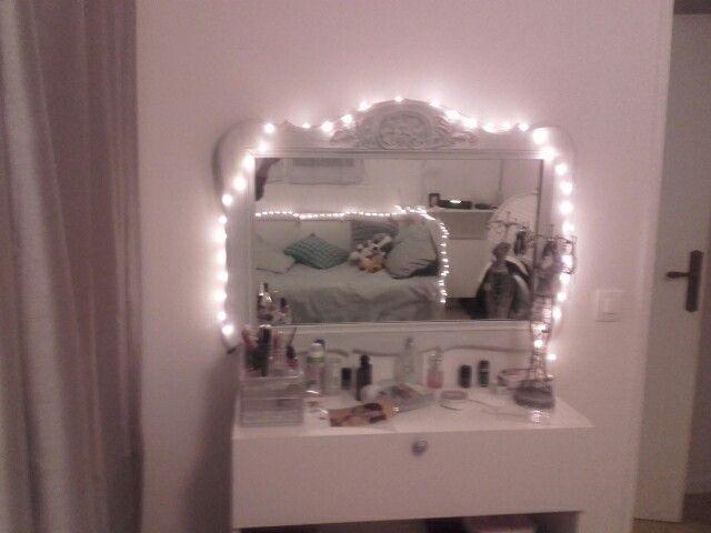 best une dco girly miroir ancien patin coiffeuse un module. Black Bedroom Furniture Sets. Home Design Ideas