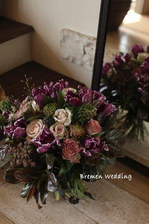ボルドーカラーの花束|その他の装花|ブレーメンウェディング