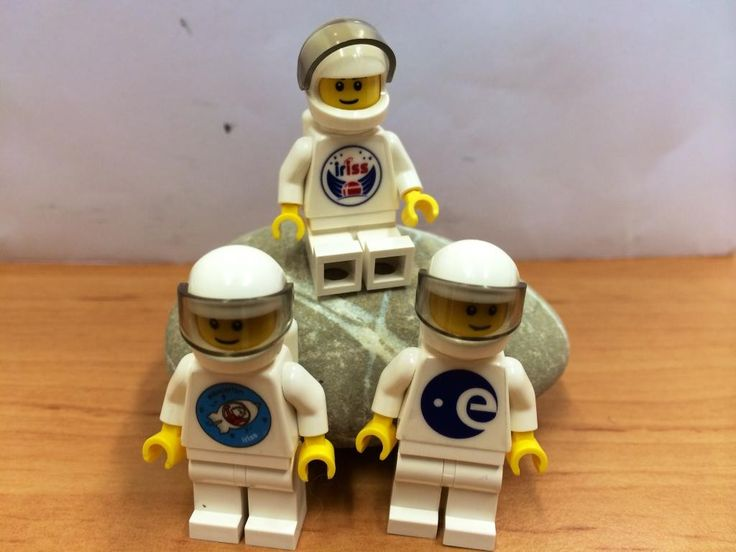 LEGO iriss astronauts. Credits: ESA