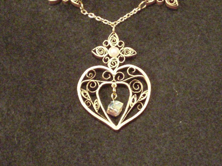 necklace pendant-as shown on quilling café.com