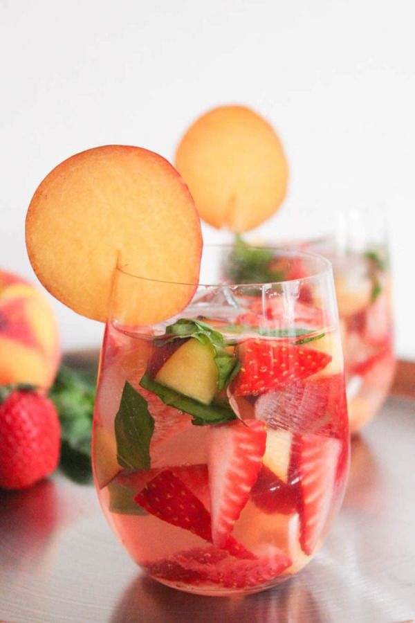 Rosé Sangria: http://www.stylemepretty.com/living/2015/06/20/22-game-changing-sangria-recipes/