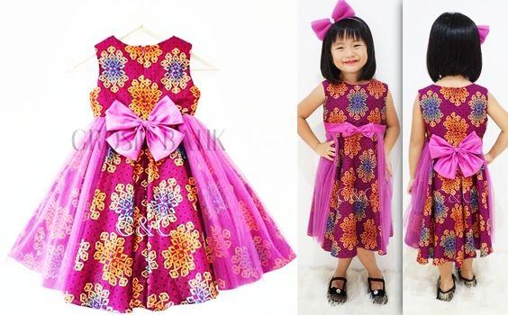 dress batik anak modern trend berbusana batik kini semakin banyak diminati oleh semua orang, tidak terpancang pada usia tua saja, tetapi juga bagi mereka yang berusia belia dan bahkan untuk usia anak-anak juga bisa menggunakan baju batik. harga Rp.95000