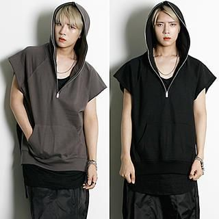 Hooded Sleeveless Top