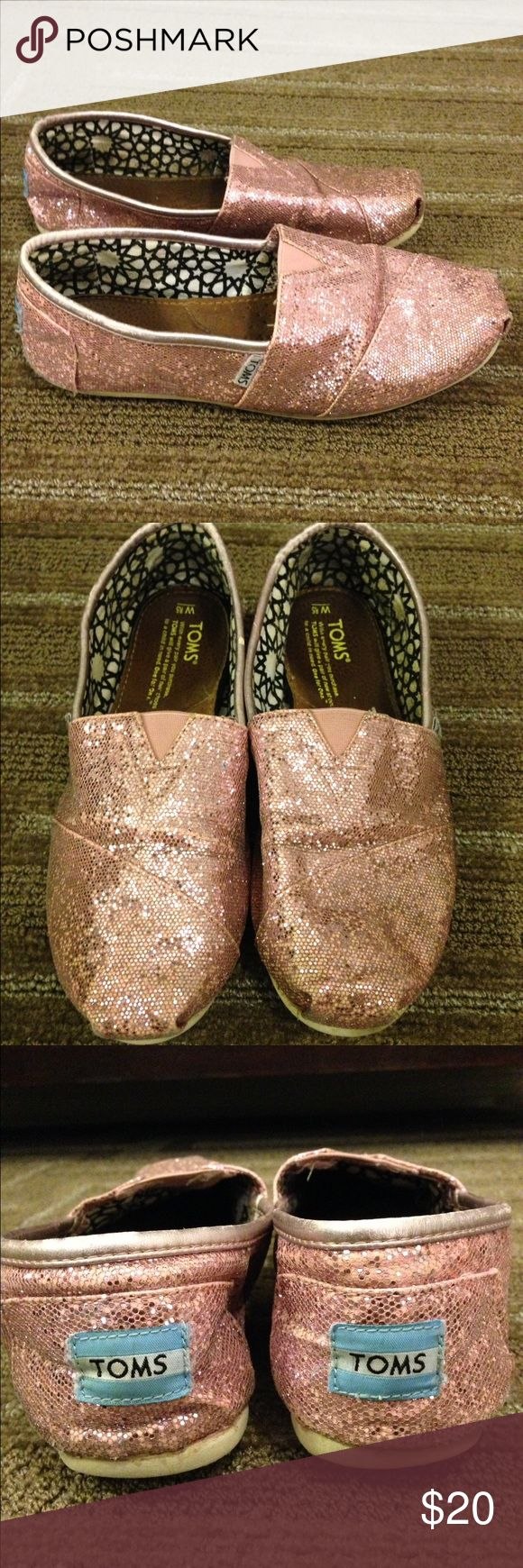 🌴NEW LISTING🌴 Glitter Toms Shoes Pink. Sole is soiled. Size 8.5. TOMS Shoes Flats & Loafers