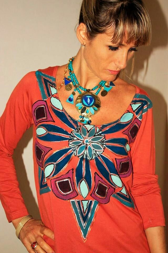 Remera pintada a mano coleccion Caro Martinez 2014 #handmadeartist #artesanal #pintada a mano