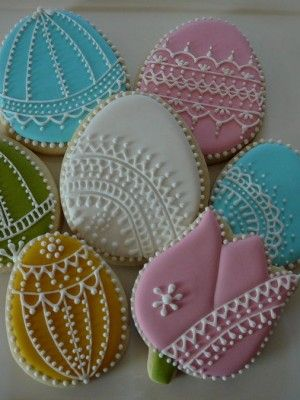 Easter lace egg cookies