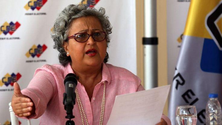 CNE confirmó que elecciones municipales serán el 10 de diciembre /  Puerto La Cruz.- La presidenta del Consejo Nacional Electoral (CNE), Tibisay Lucena, confirmó la noche de este jueves que las elecciones municipales de este año se realizarán el próximo 10 de diciembre. Así lo dio a conocer por medio de un pronunciamiento desde las inmediaciones del CNE. Asimismo, informó de forma