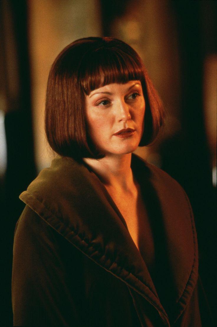 Julianne Moore as Maude Lebowski