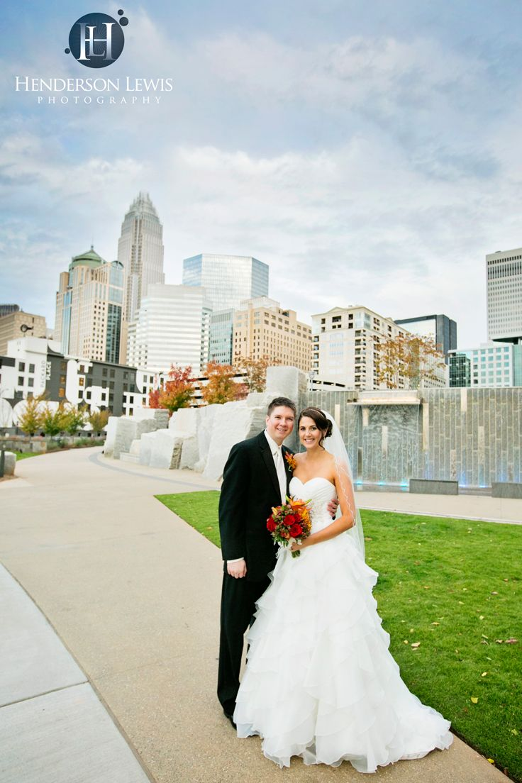 Romare Bearden Park, Charlotte, NC, Skyline, Wedding Day, Traditional Poses,