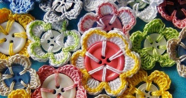 Riciclo Creativo - Craft and Fun: Riciclo Creativo Bottoni - Decorazioni con l'Uncinetto