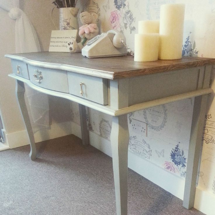 Stunning Louis Style Shabby Chic Side / Console / Dressing Table / Desk. Painted with Annie Sloan chalk paint in the 'Paris Grey' shade