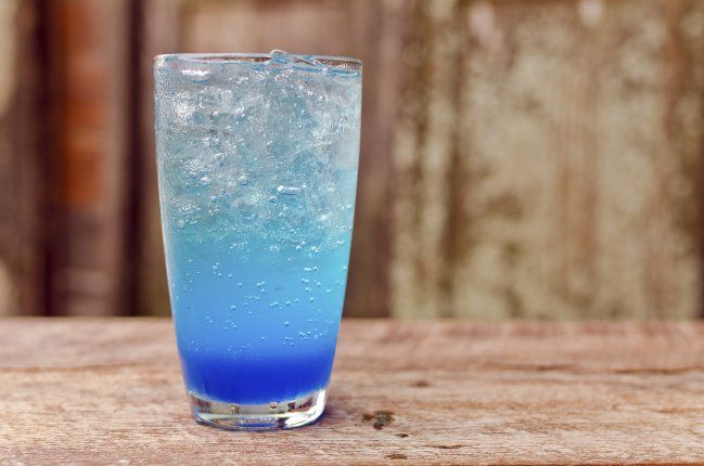 como-hacer-limonada-azul-1