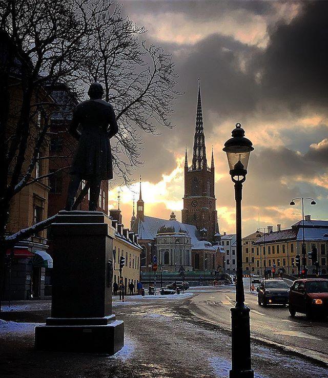 Riddarholmskyrkan #riddarholmen #riddarholmskyrkan #visitstockholm #stockholm #visitsweden #sweden #capitalofscandinavia #photobydavidfeldt #travel #ttot