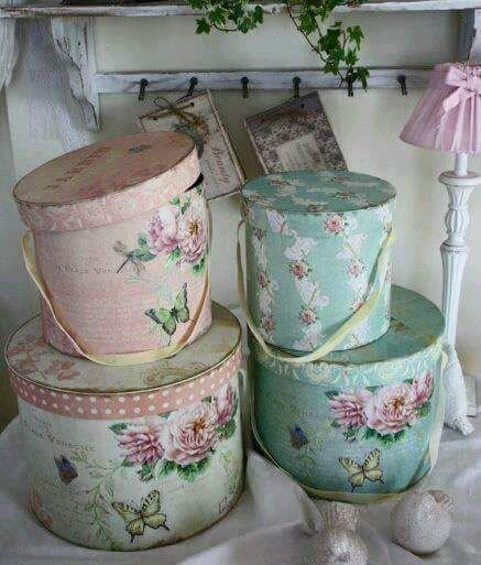 set de 4 cajas decoradas  precio $380
