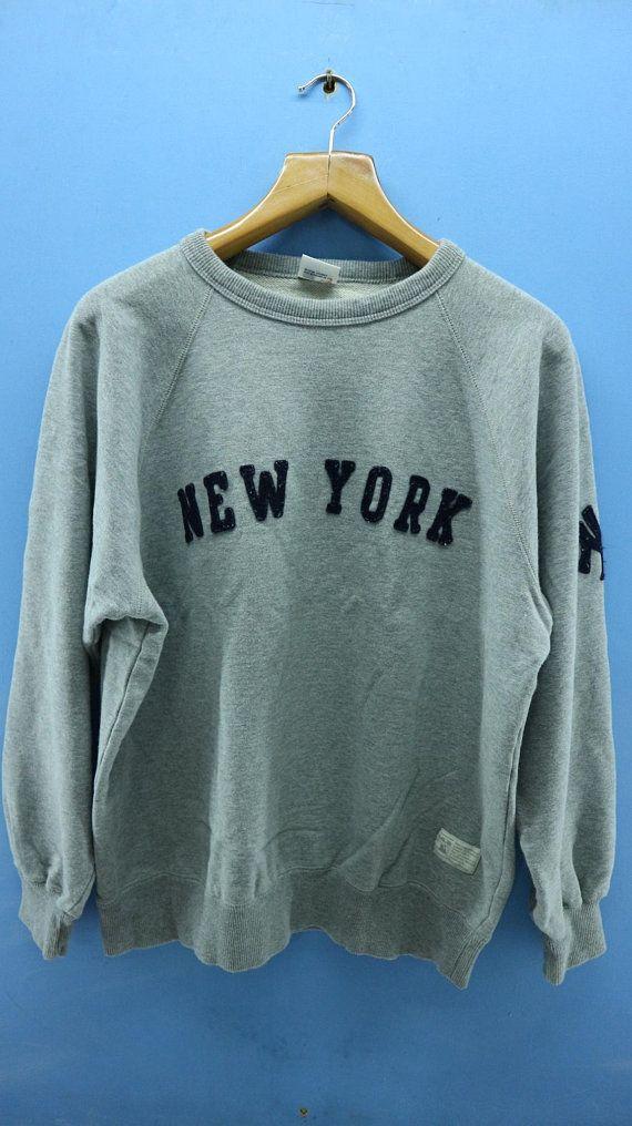 7b69fcdb43f62 Vintage New York Yankees Professional Baseball Team Big Spell Out ...